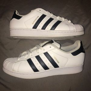 Adidas superstar classic shell tops white / black